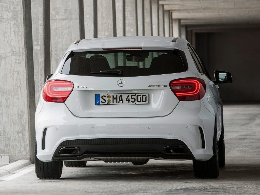 mercedes-a45-amg-revealed-360-hp-awd-7-speed-photo-gallery-1080p-6
