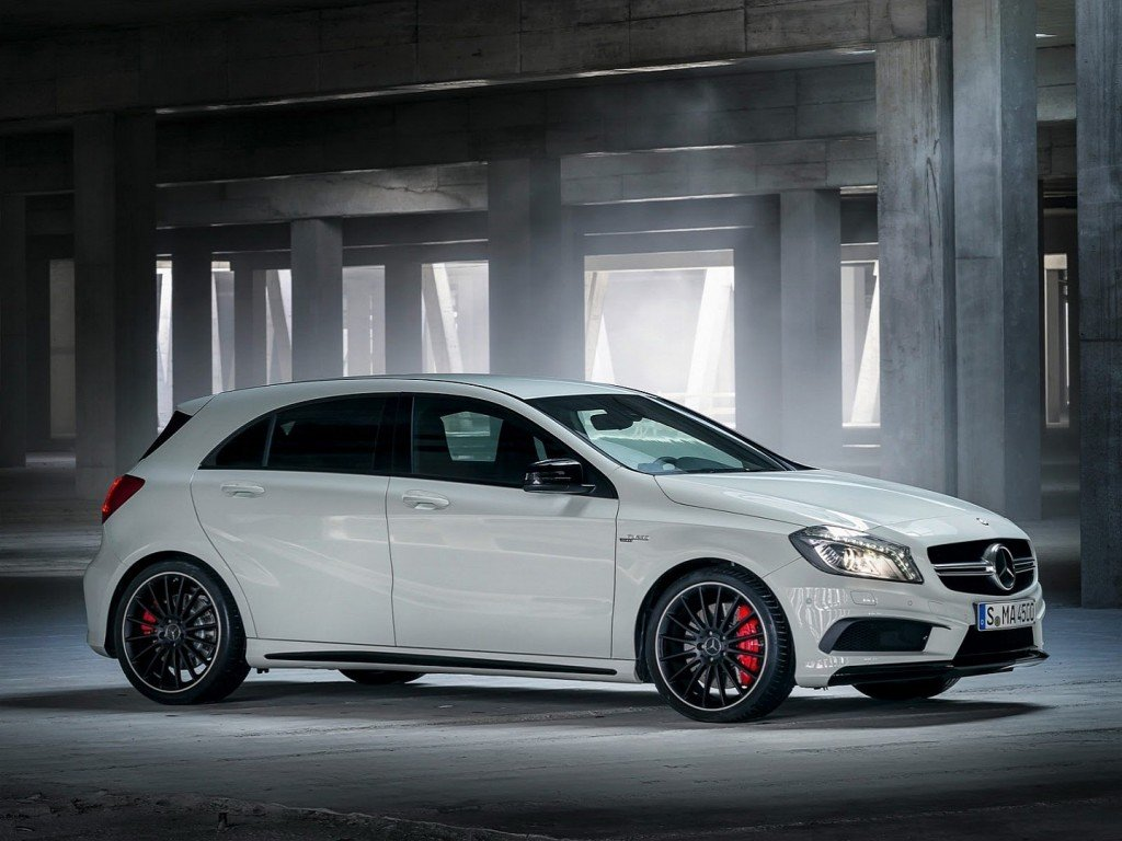 mercedes-a45-amg-revealed-360-hp-awd-7-speed-photo-gallery-1080p-8