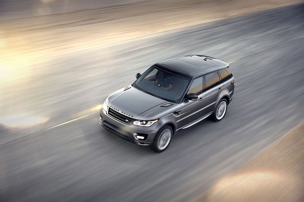 LR_Range_Rover_Sport_Dynamic_09_LowRes
