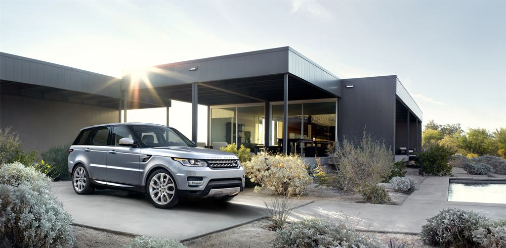 LR_Range_Rover_Sport_Static_House_04_LowRes