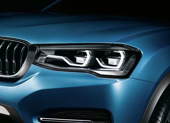 BMW X4 Concept LED lights