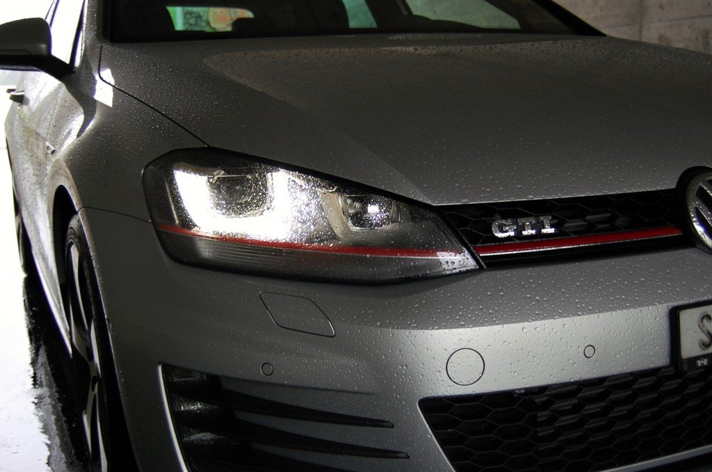 VW Golf 7 GTI Performance front