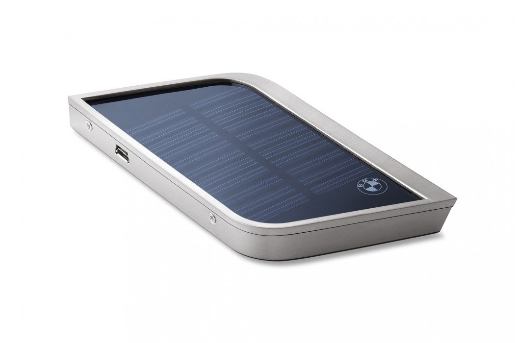 BMW i Solar Charger