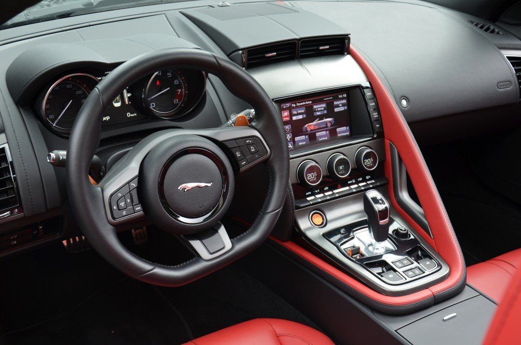 Jaguar F-Type V6 S Interior