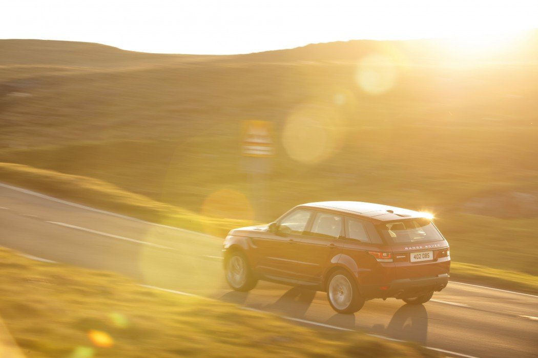 Land Rover - Race The Sun Game