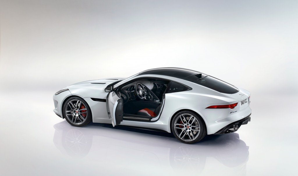 Jaguar F-Type Coupé R - Road Trip Must-Haves