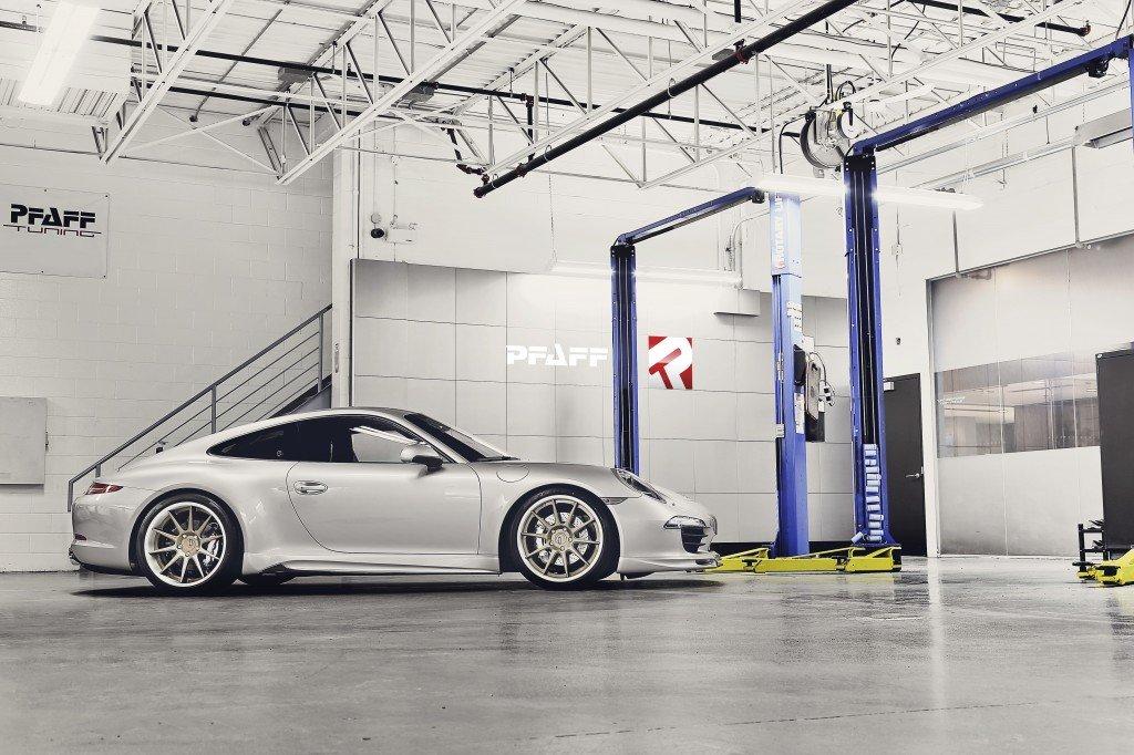 Porsche 991 Side