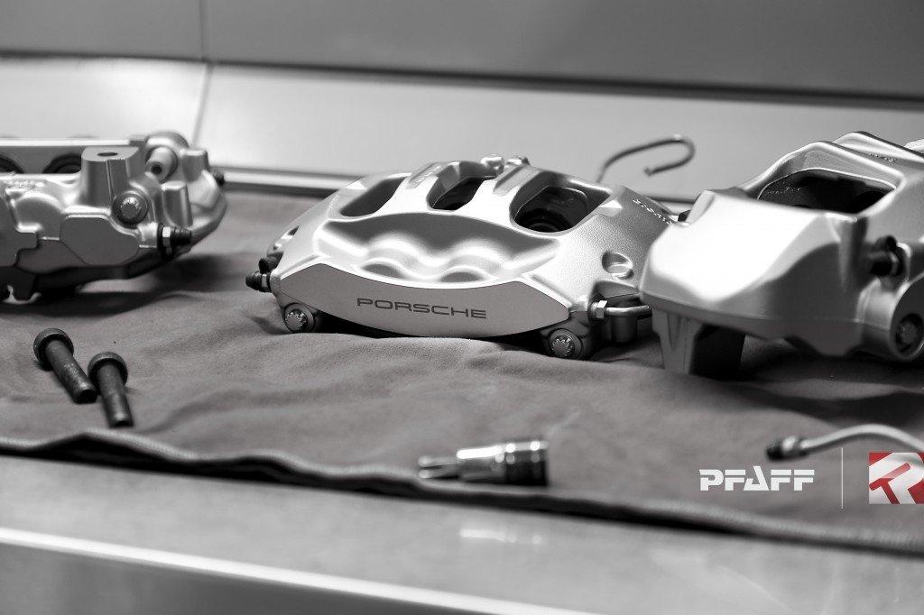 Porsche brake calipers painted