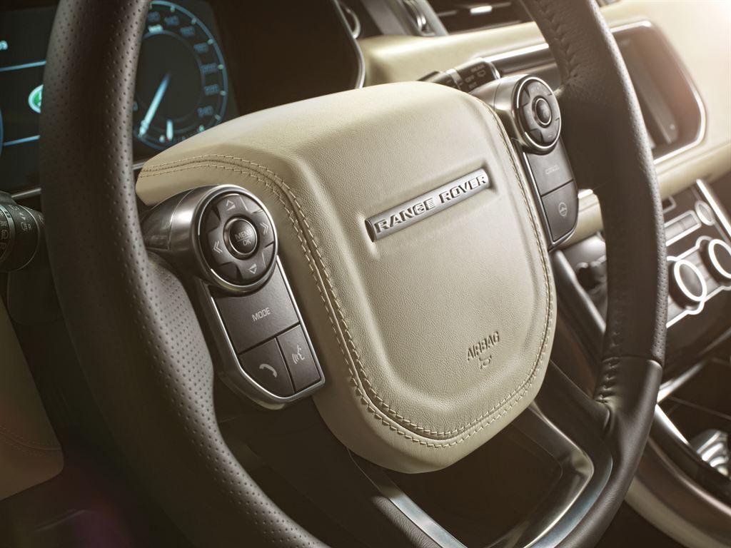 LR_Range_Rover_Sport_Interior_02_LowRes