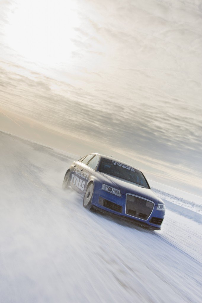 NokianTyres_Fastest_on_Ice2013_15