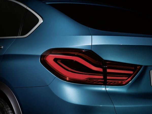 BMW X4 Concept LED lights back