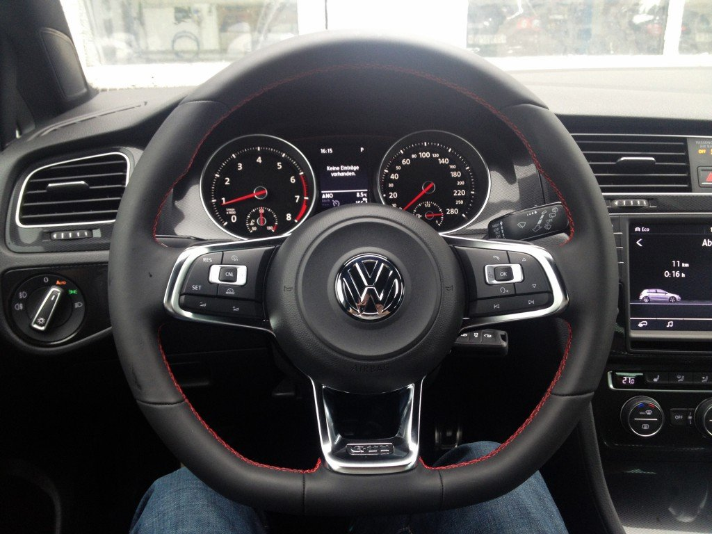 VW Golf 7 GTI Performance Interior
