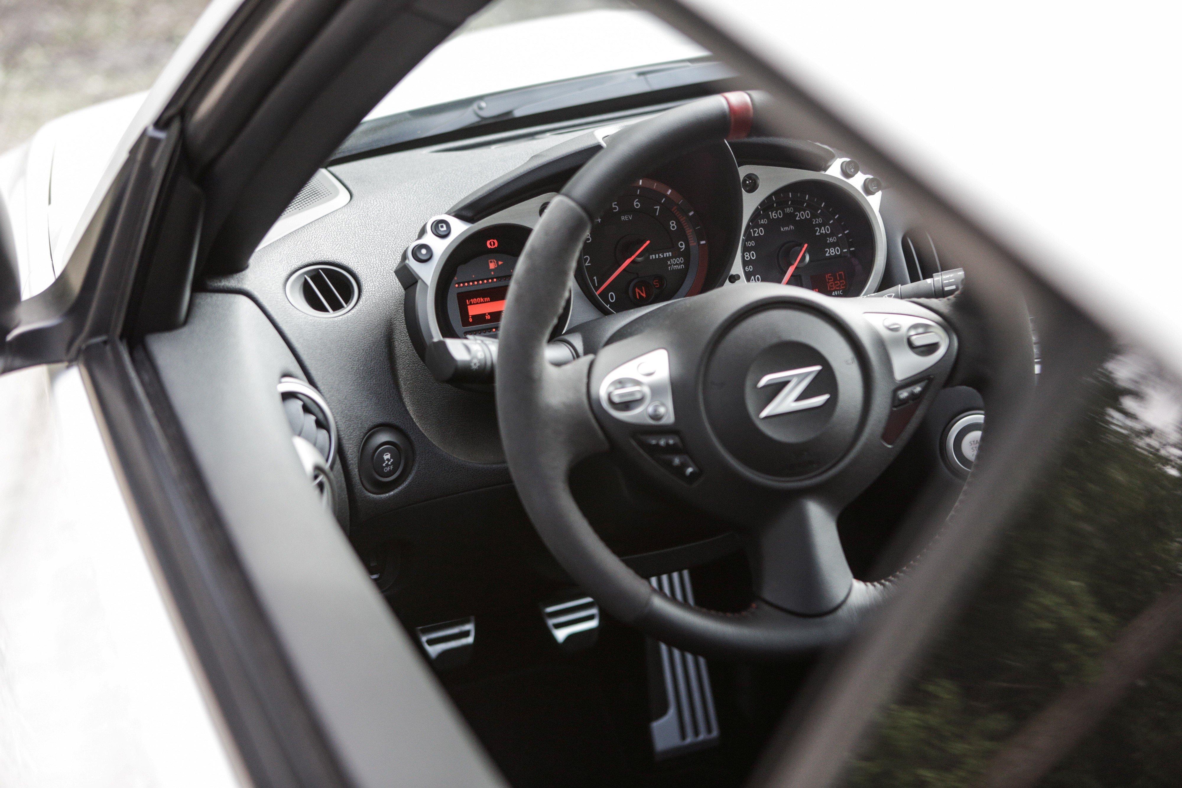 370Z Nismo Interior
