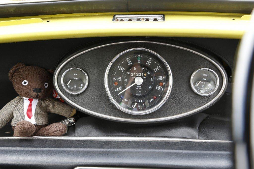"Mr. Bean's MINI Cooper an der Youngtimer-Rallye ""Creme 21"""
