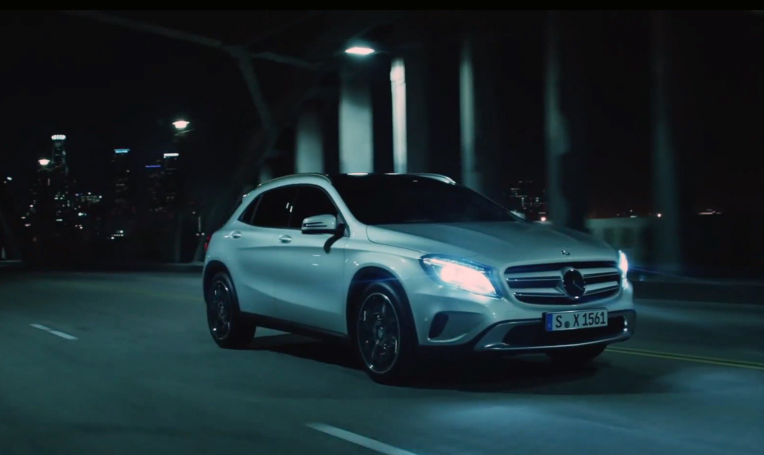 "Mercedes-Benz GLA TV-Spot ""Das letzte Mal"""