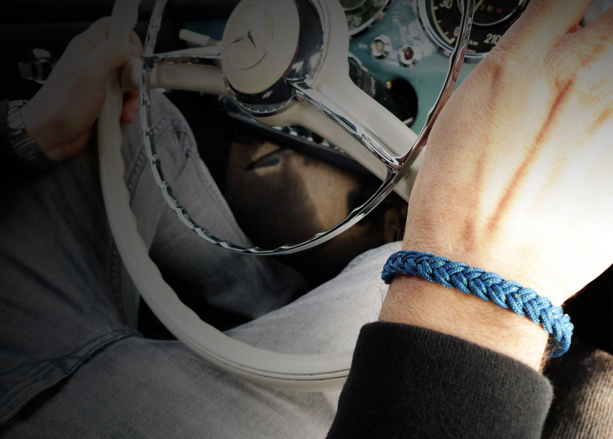 877 Armband Cross Tampen blau