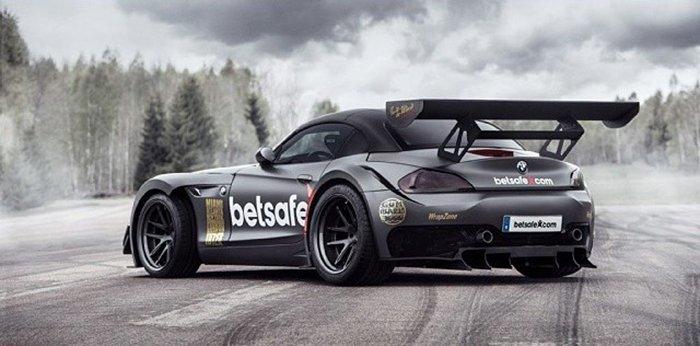 Gumball 3000 BMW Z4 GT3 Betsafe