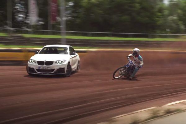 BMW M235i Drift Duell