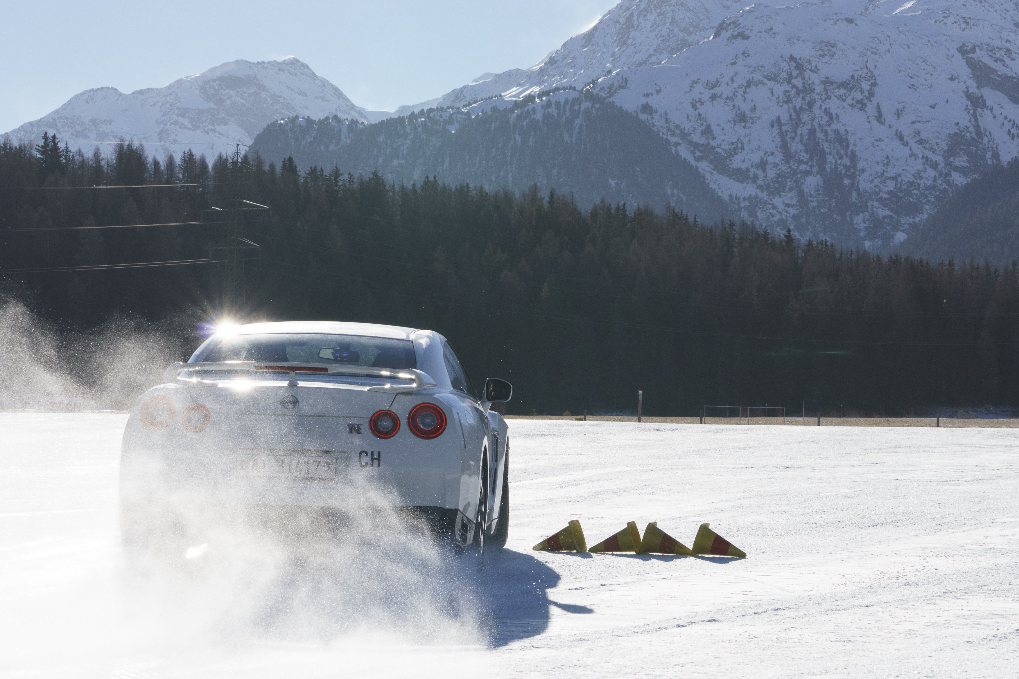 Nissan GT-R Snow Drift