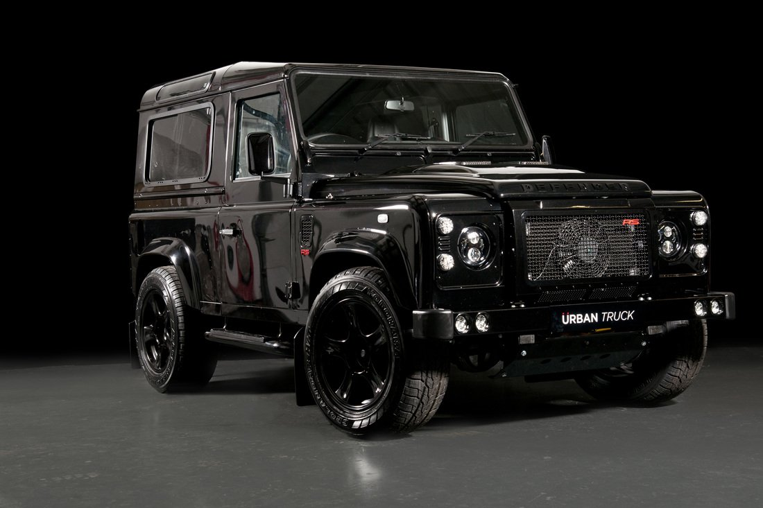 Land Rover Defender Ultimate RS von Urban Truck