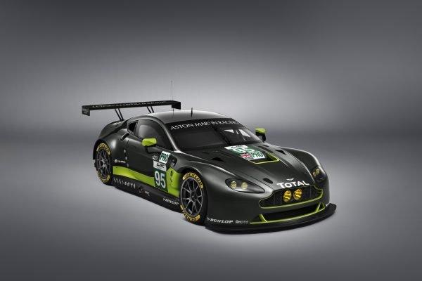 Aston Martin Vantage GTE auf Dunlop Reifen unterwegs