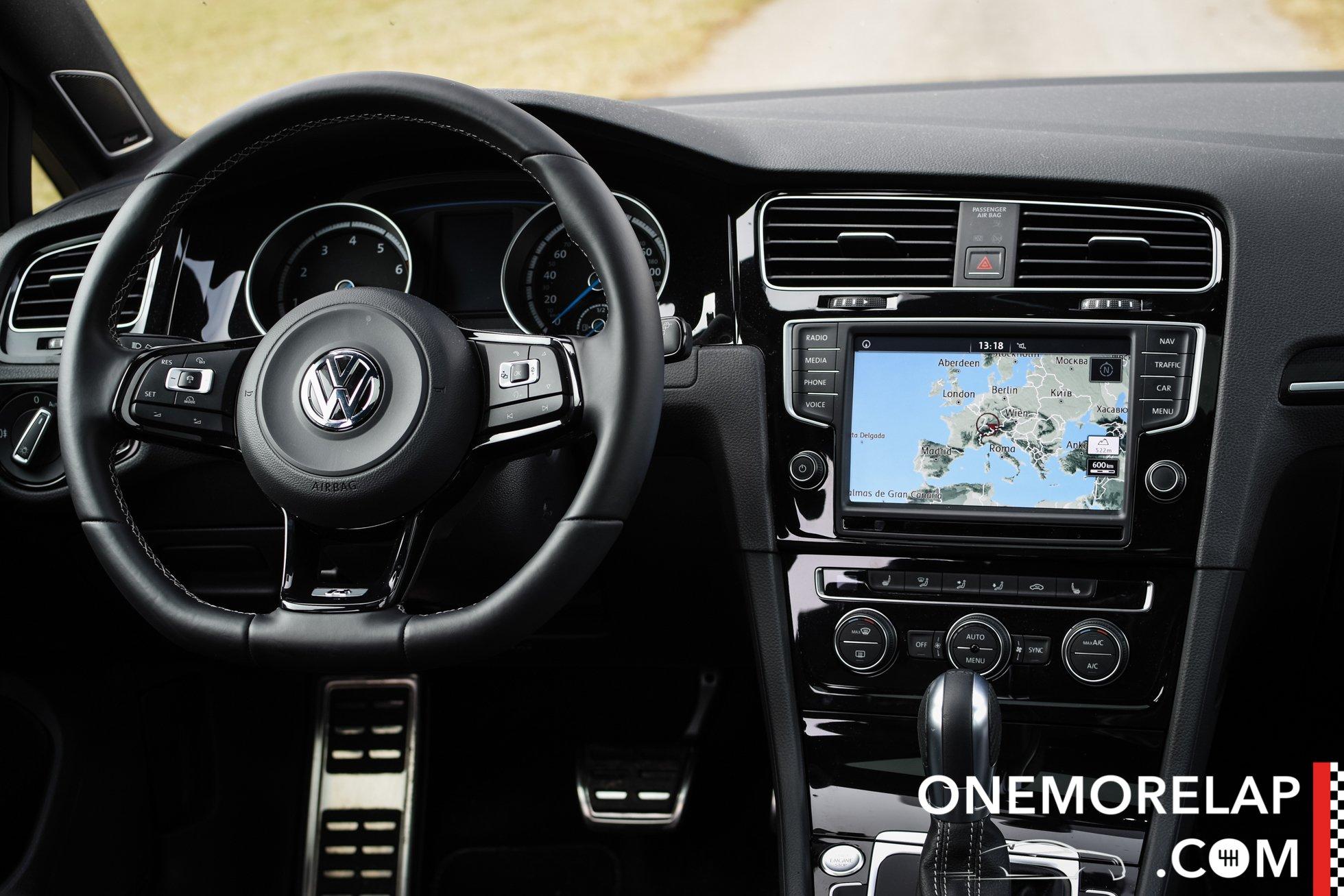 Vergleichstest: VW Golf GTI Clubsport S vs. Golf R360S