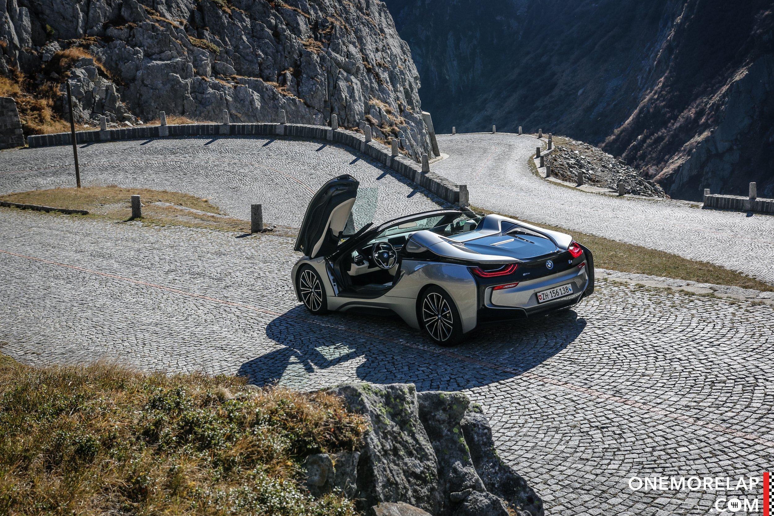 Fahrbericht: BMW i8 Roadster (Schweizer Pässe Roadtrip)